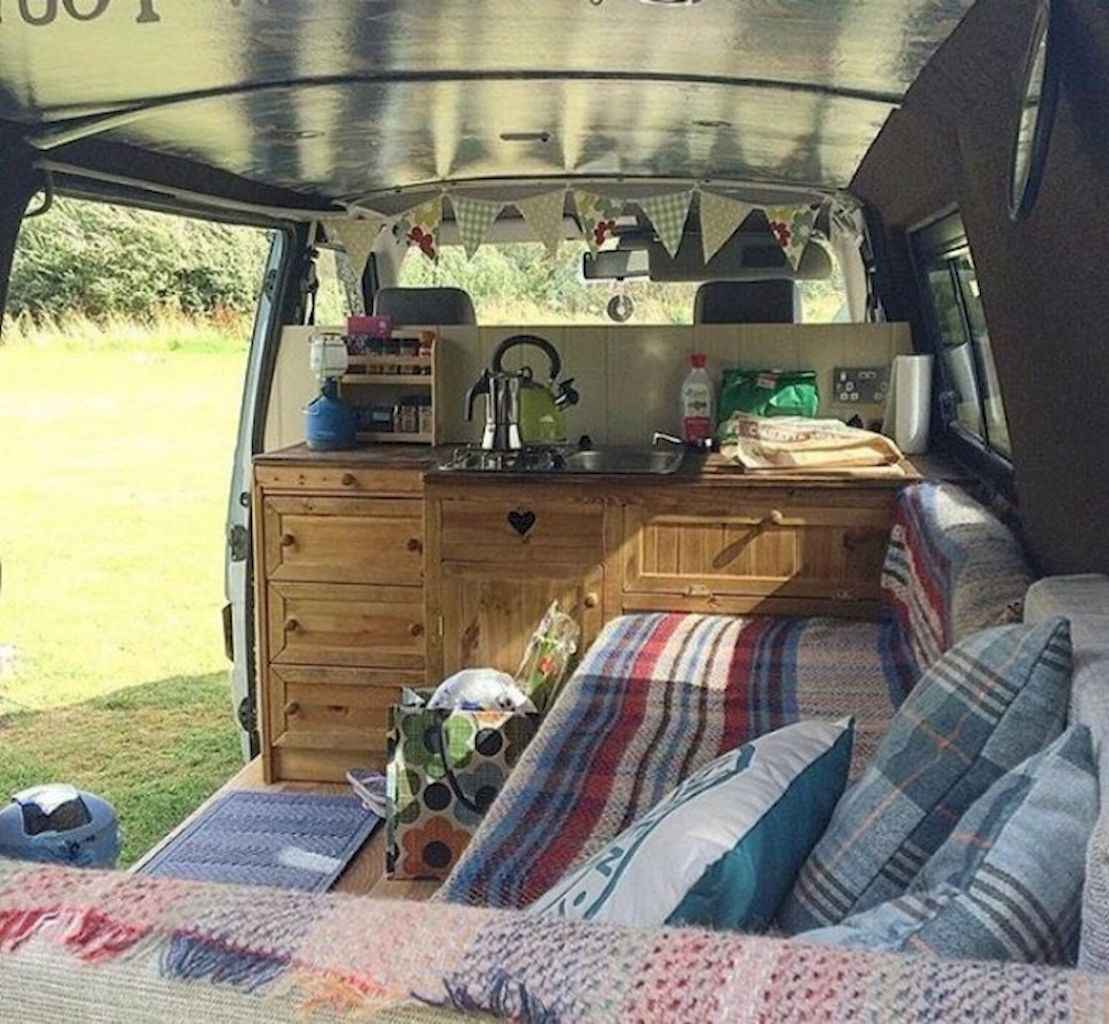 Best rv camper van interior decorating ideas (80)