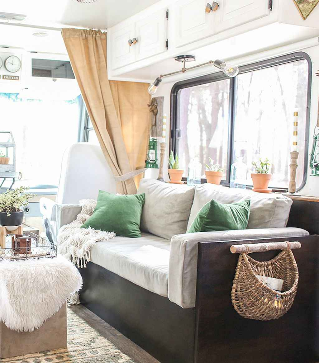 Best travel trailers remodel for rv living ideas (36)