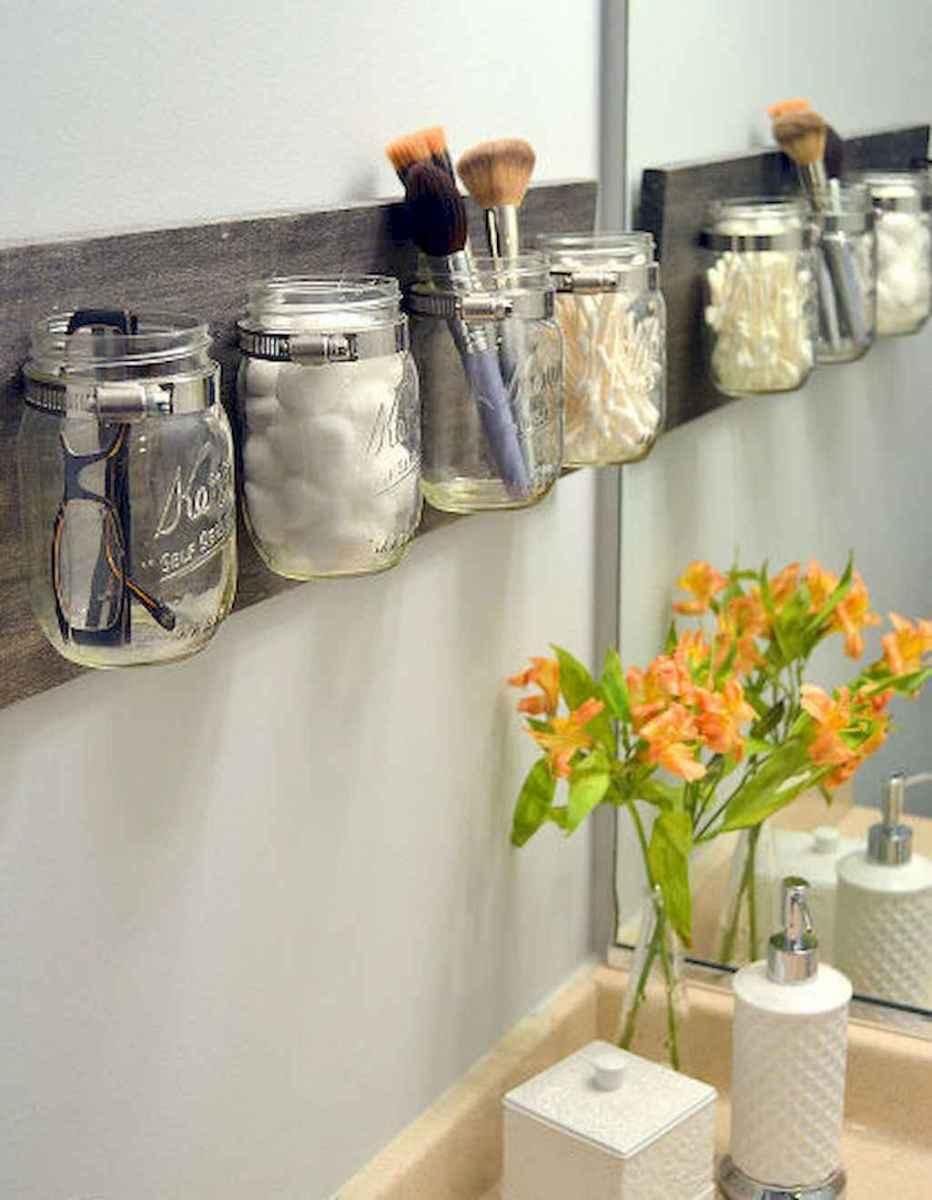 Diy rental apartment decorating ideas (22)