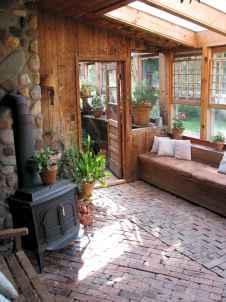 Farmhouse entryway mudroom ideas (69)