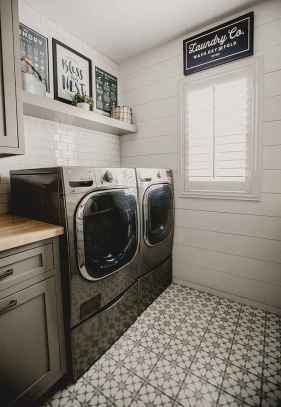 Farmhouse style laundry room makeover ideas (12)