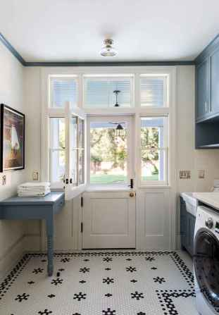Farmhouse style laundry room makeover ideas (52)