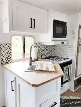 Full time rv living tips and tricks camper organization (94)