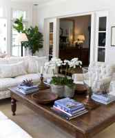 Rustic farmhouse coffee table ideas (26)