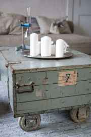 Rustic farmhouse coffee table ideas (52)