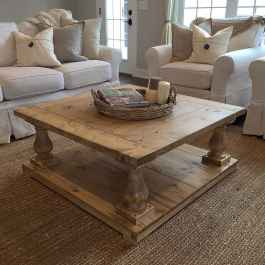 Rustic farmhouse coffee table ideas (61)