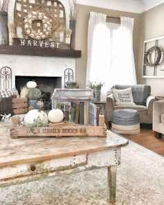 Rustic farmhouse coffee table ideas (69)