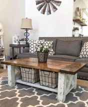 Rustic farmhouse coffee table ideas (76)