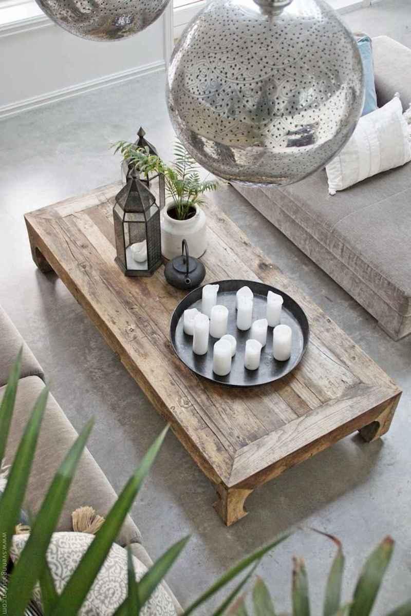 Rustic farmhouse coffee table ideas (8)