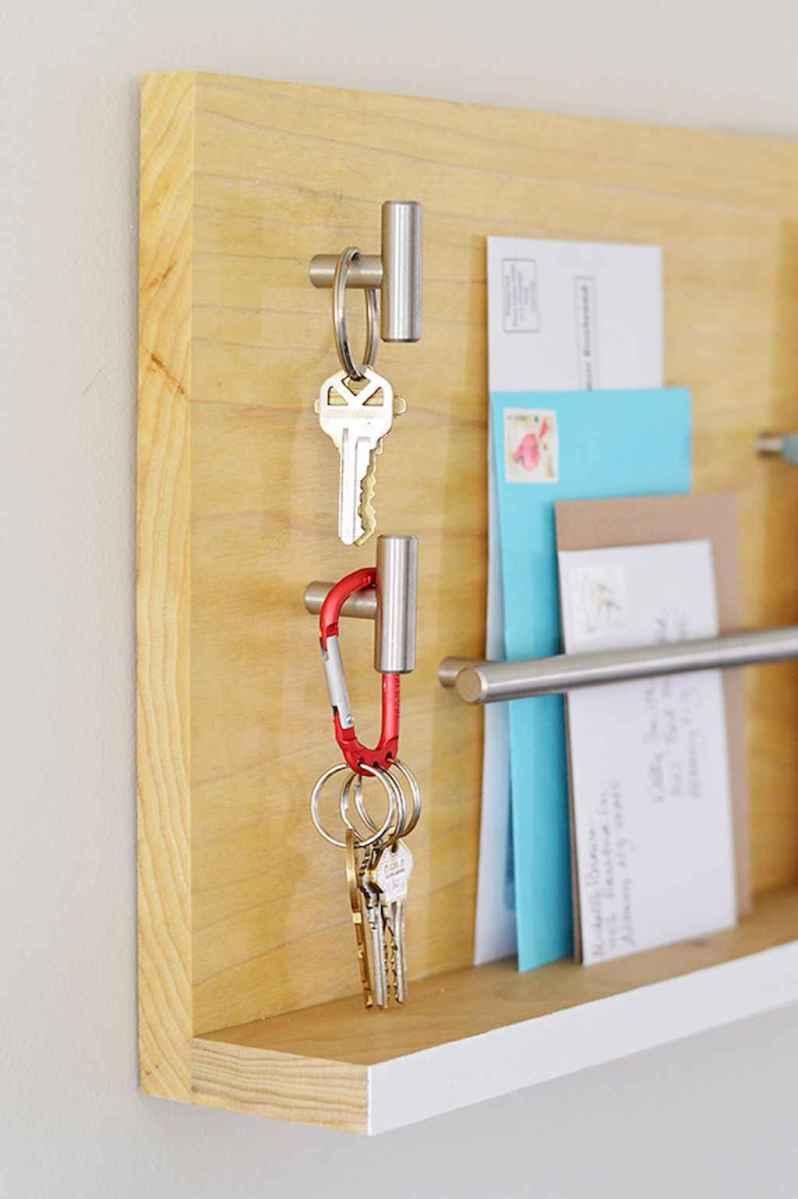 Rustic key holder organized ideas (15)