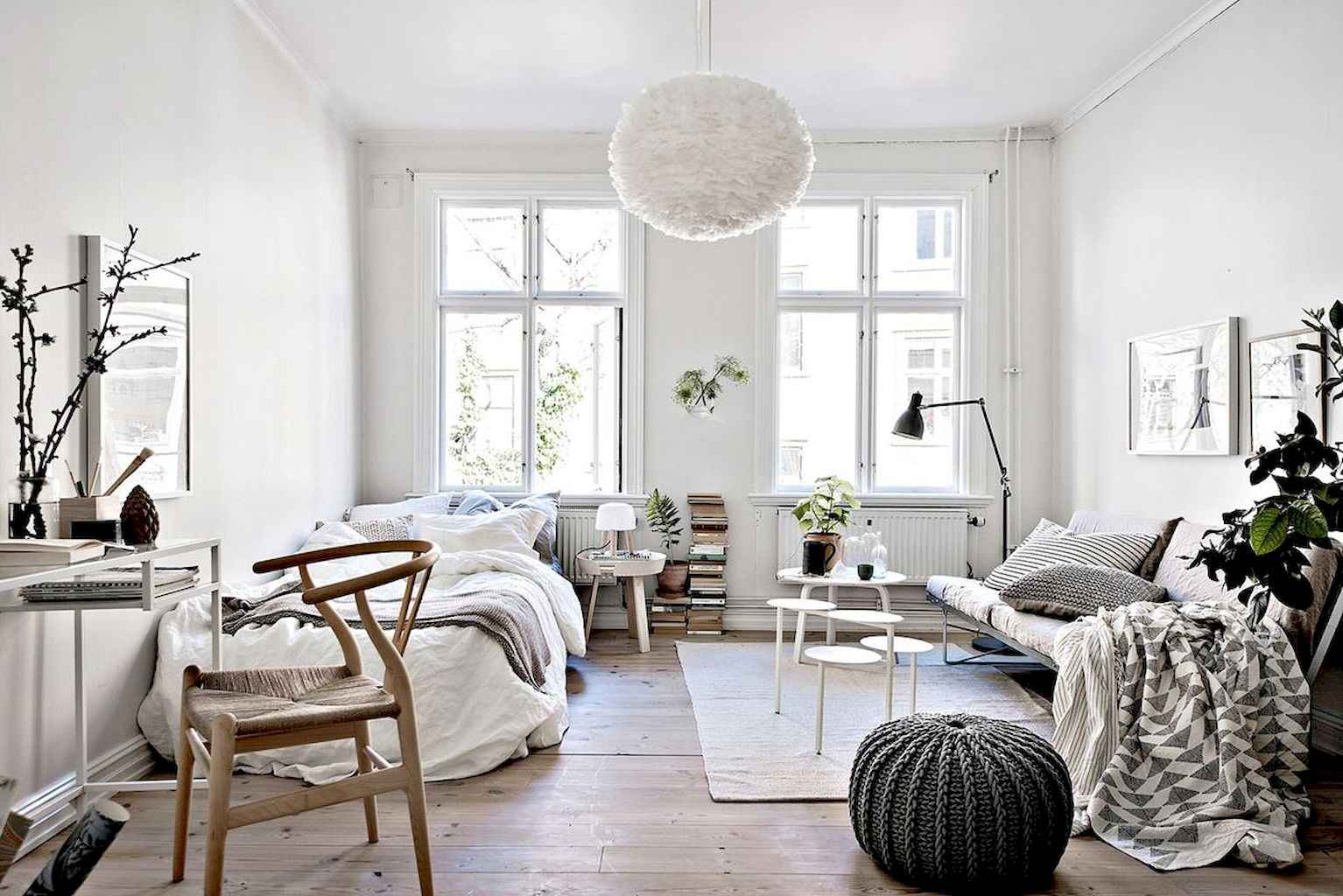 Small apartment studio decorating ideas on a budget (70)