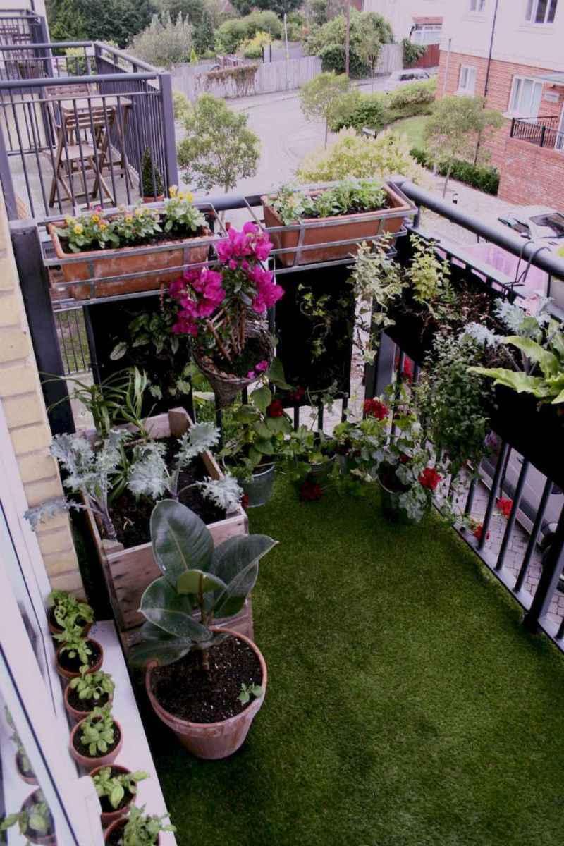 Small balcony decoration ideas (24)
