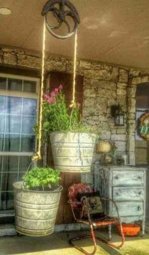 Vintage farmhouse porch ideas (17)