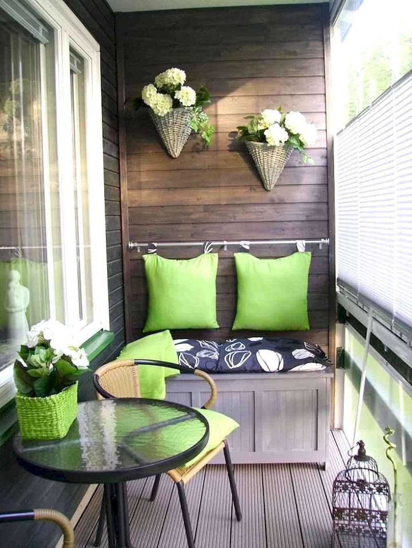 Vintage farmhouse porch ideas (45)