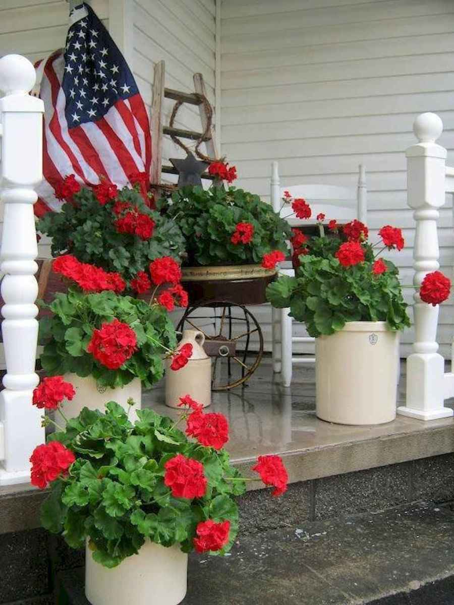 Vintage farmhouse porch ideas (47)