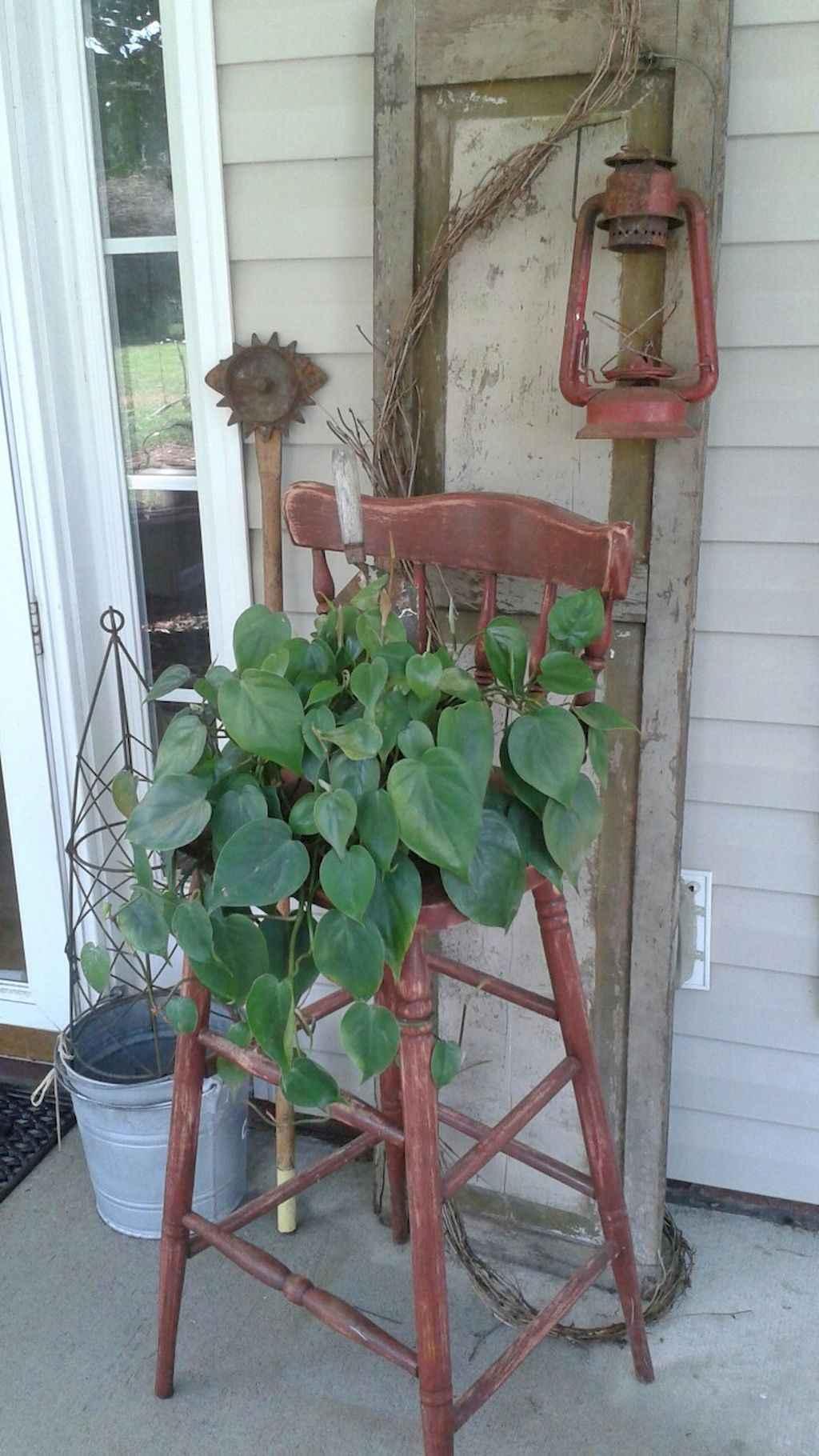 Vintage farmhouse porch ideas (50)
