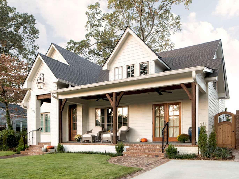 Vintage farmhouse porch ideas (9)