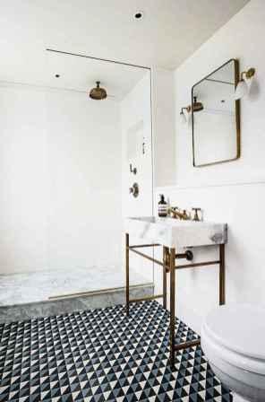 Amazing tiny house bathroom shower ideas (15)