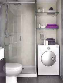Amazing tiny house bathroom shower ideas (22)