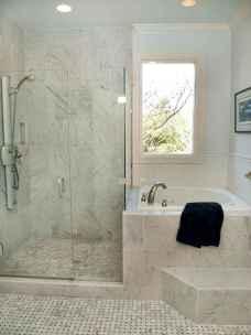 Amazing tiny house bathroom shower ideas (72)