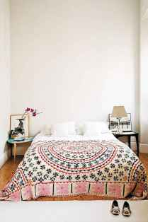Bohemian style modern bedroom ideas (39)