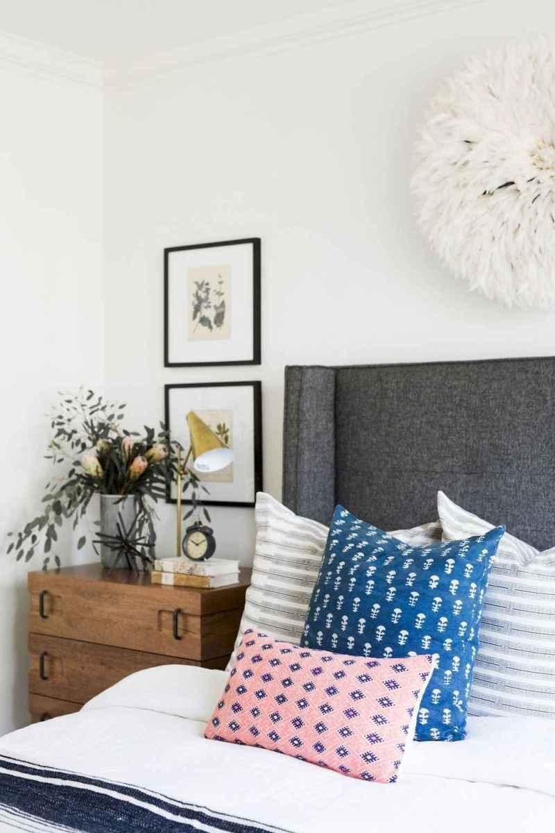 Bohemian style modern bedroom ideas (7)