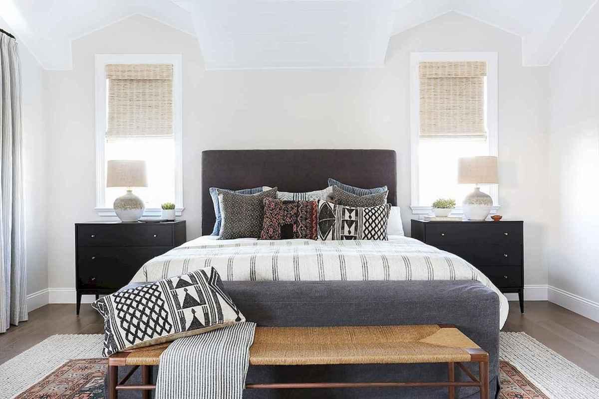 Bohemian style modern bedroom ideas (74)