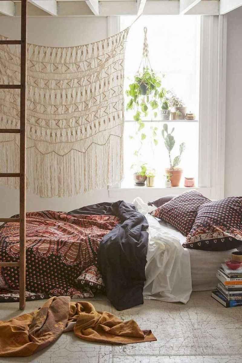 Bohemian style modern bedroom ideas (77)