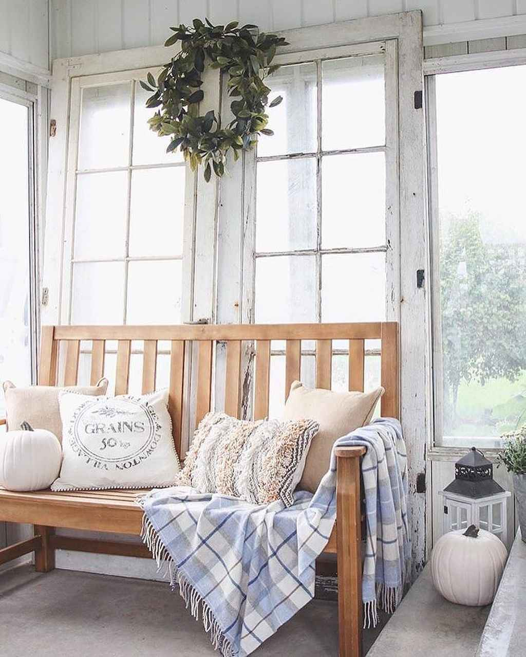 Cozy apartment decorating ideas on a budget (20)