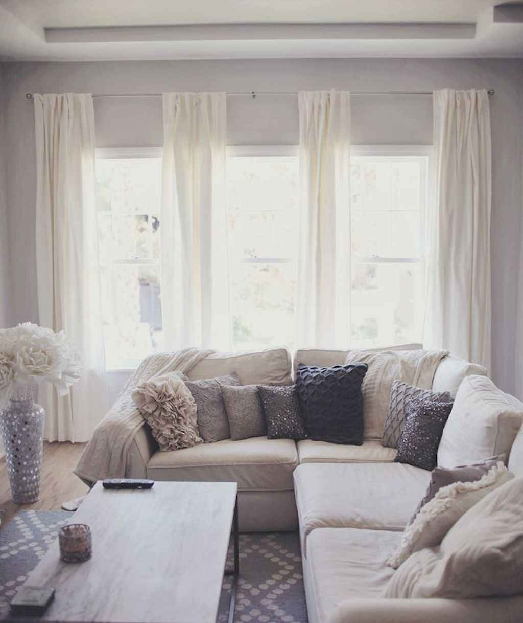 Cozy apartment decorating ideas on a budget (31)
