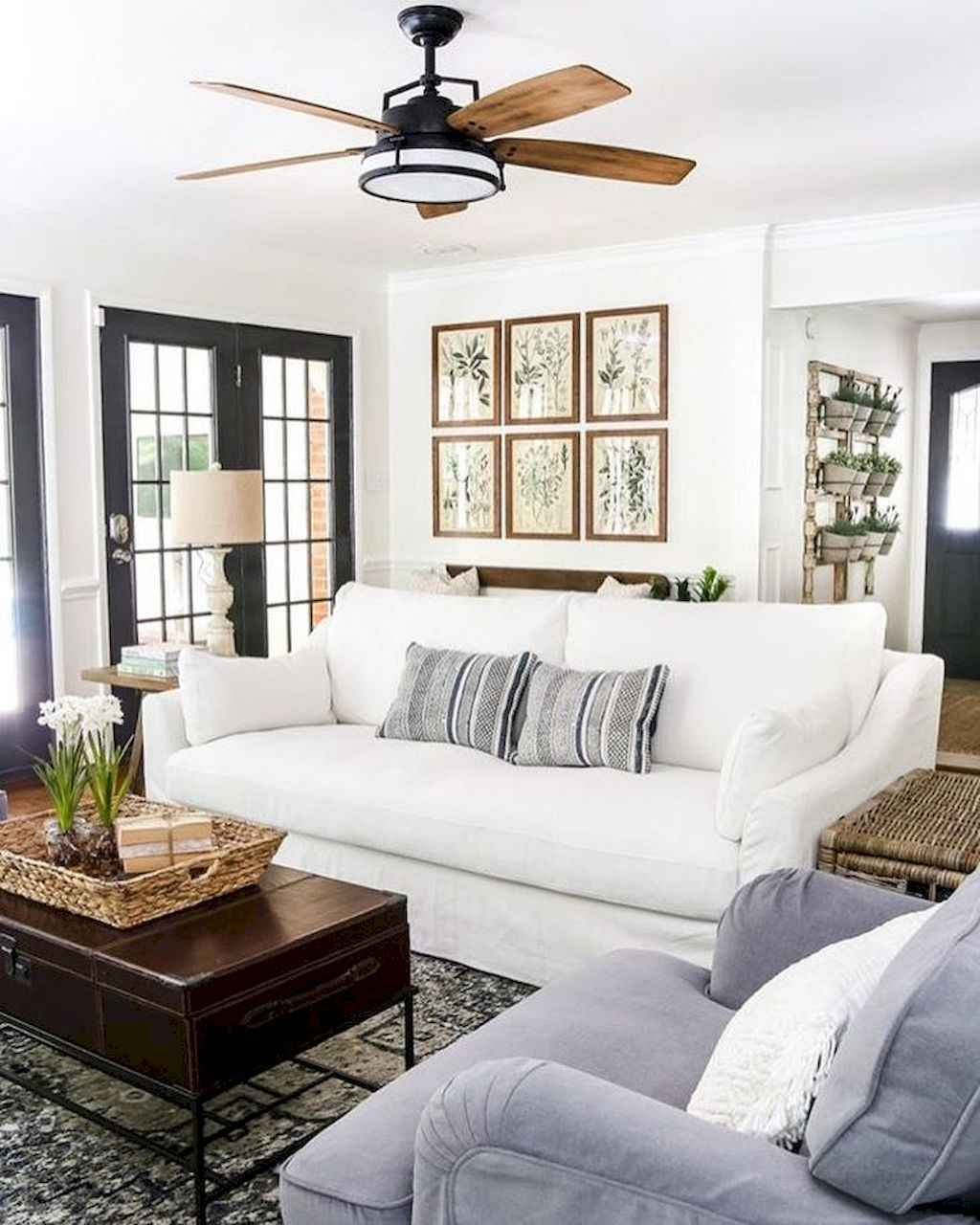 Cozy apartment decorating ideas on a budget (36)