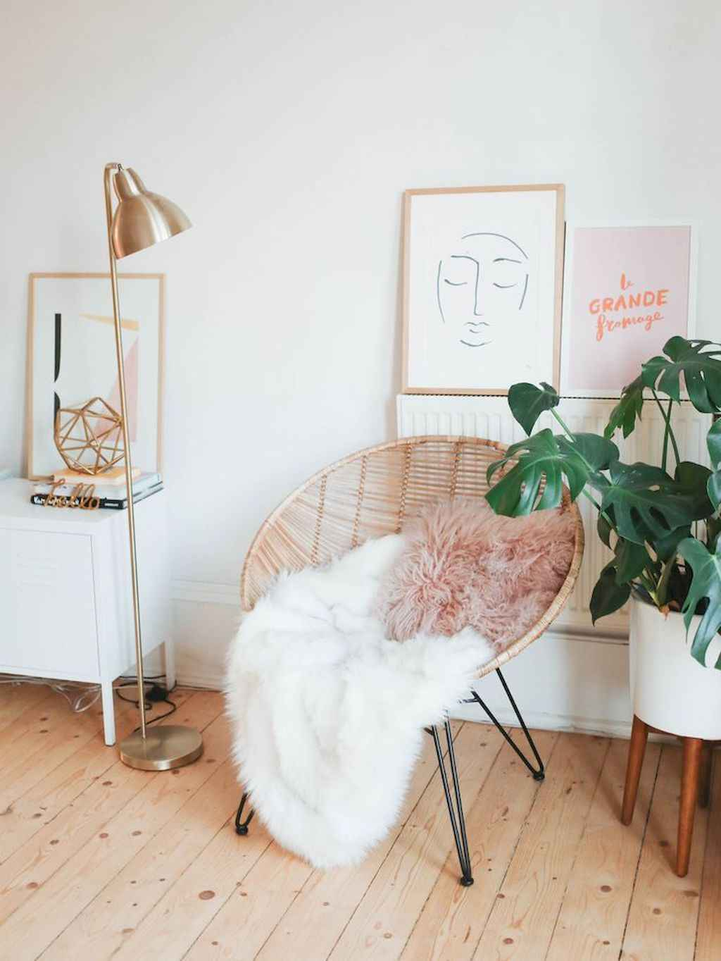 Cozy apartment decorating ideas on a budget (9)