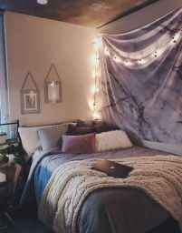 Cute dorm room decorating ideas on a budget (55)
