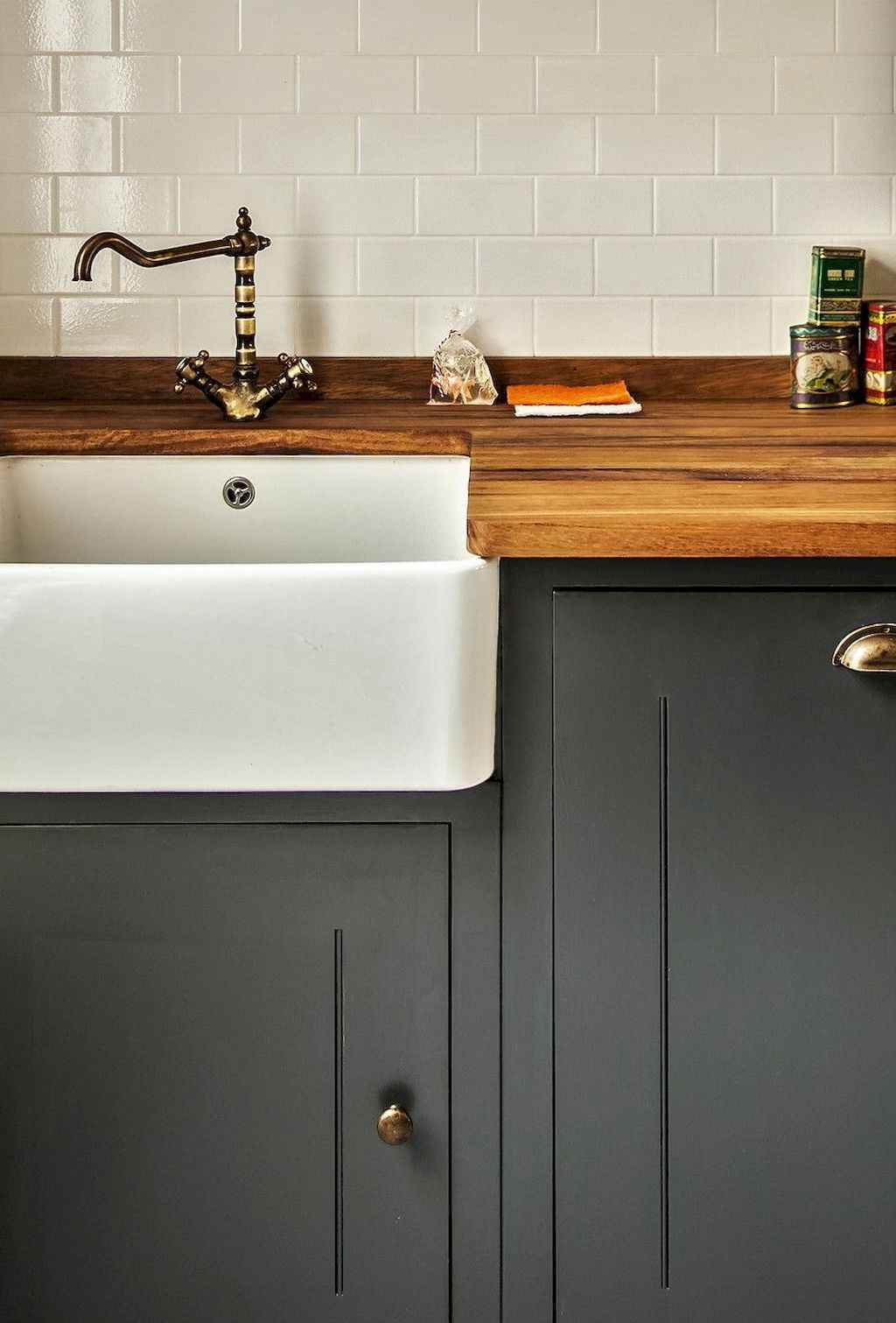Gorgeous gray kitchen cabinet makeover ideas (12)