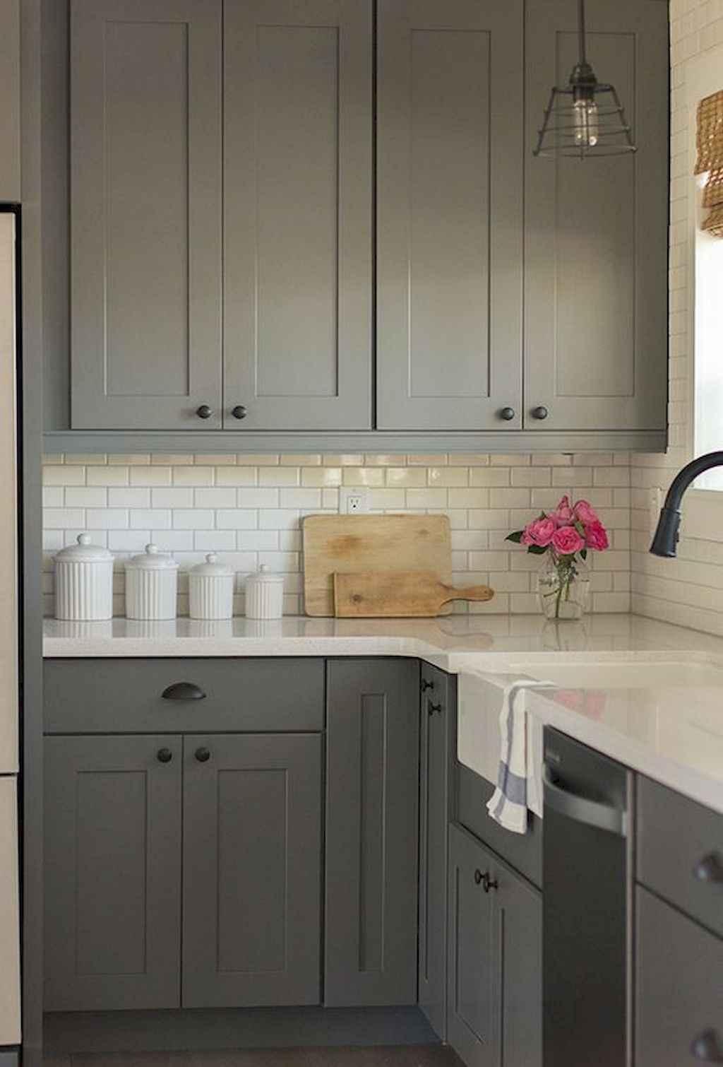 Gorgeous gray kitchen cabinet makeover ideas (23)