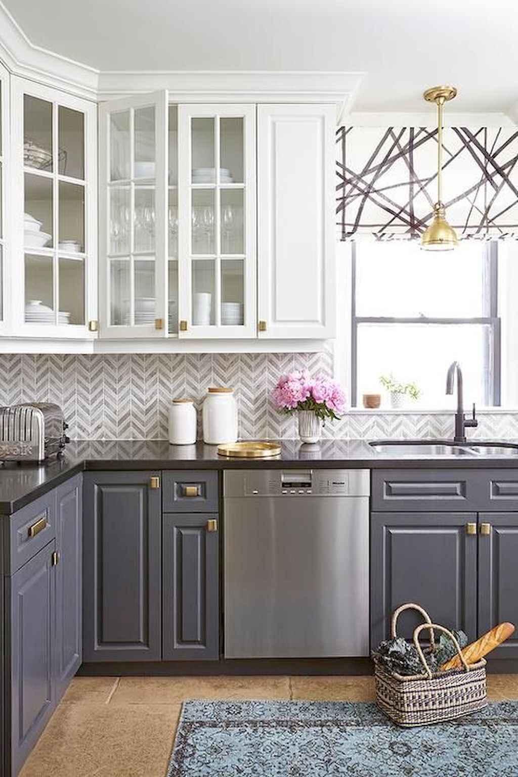Gorgeous gray kitchen cabinet makeover ideas (46)