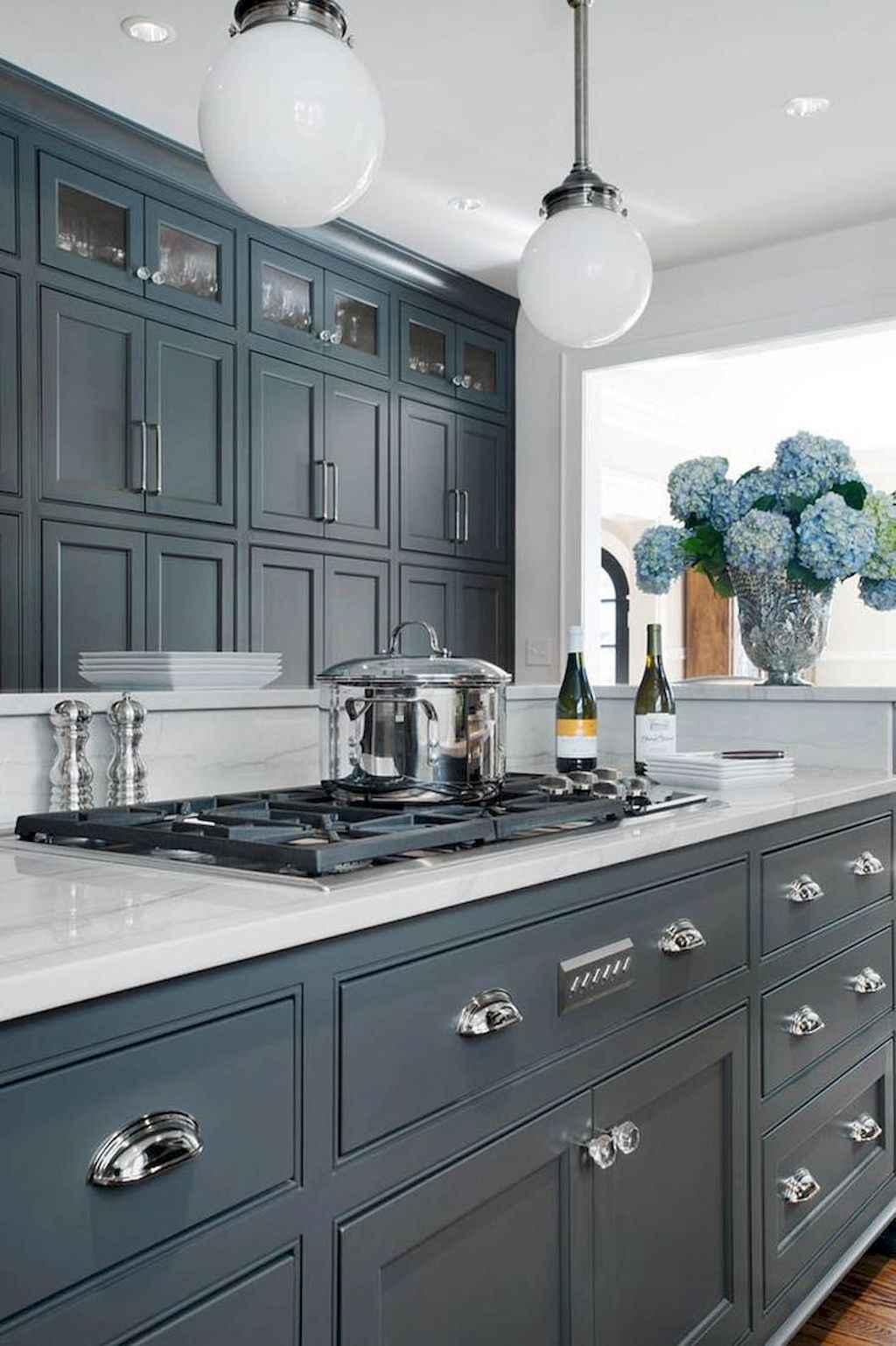 Gorgeous gray kitchen cabinet makeover ideas (74)