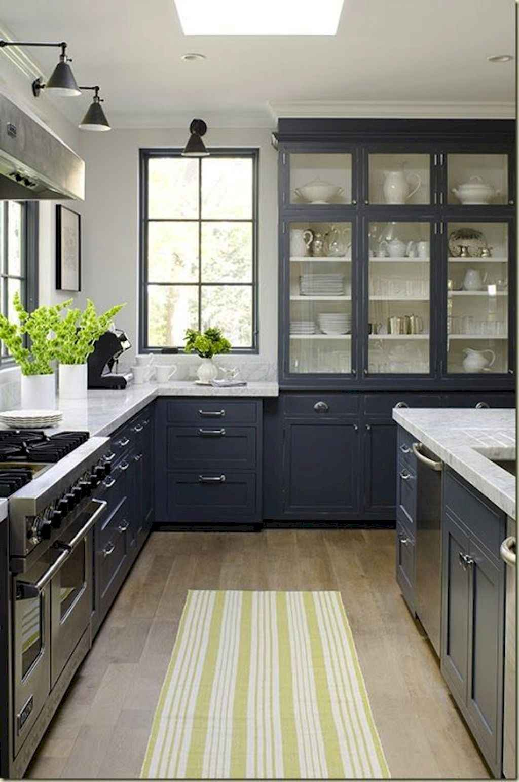 Gorgeous gray kitchen cabinet makeover ideas (80)