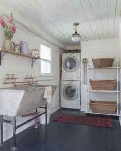 Modern farmhouse laundry room ideas (11)