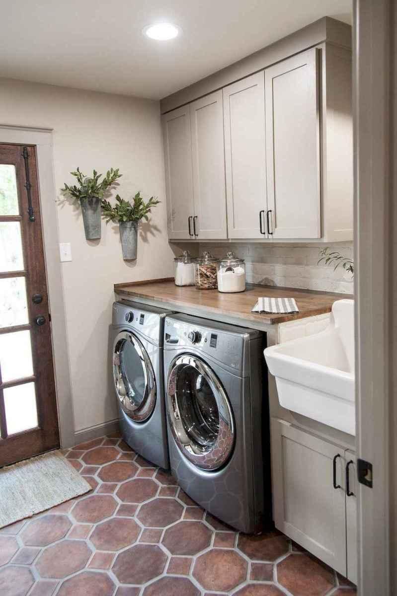 Modern farmhouse laundry room ideas (18)