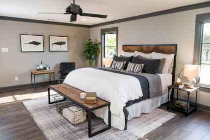 Modern farmhouse style master bedroom ideas (69)