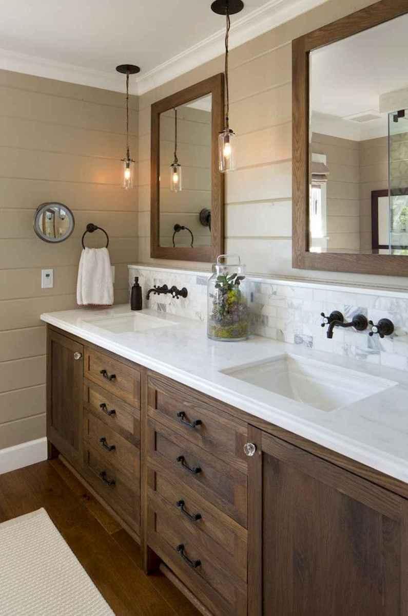 Rustic farmhouse master bathroom remodel ideas (19)