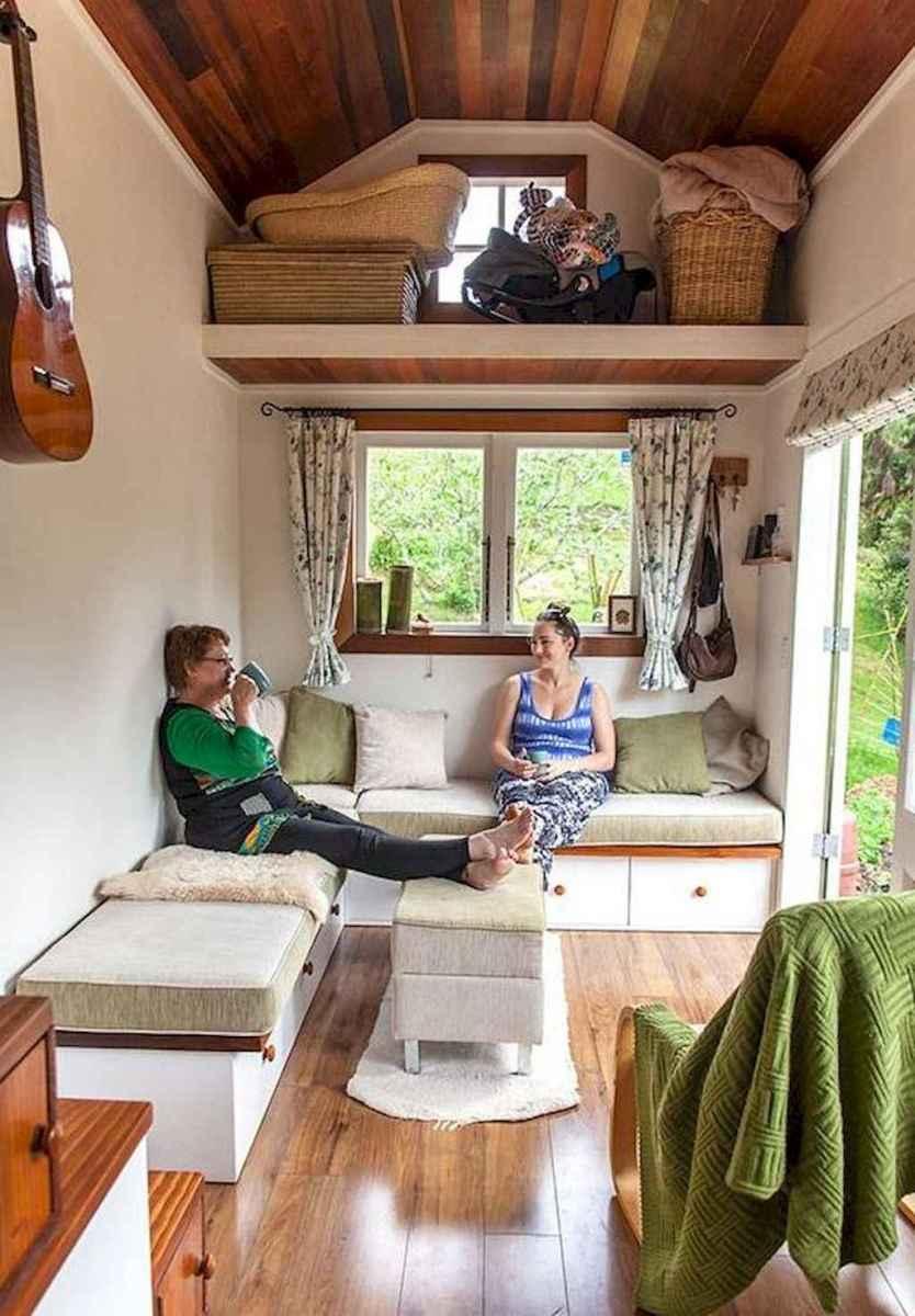 Iny house living room decor ideas (33)
