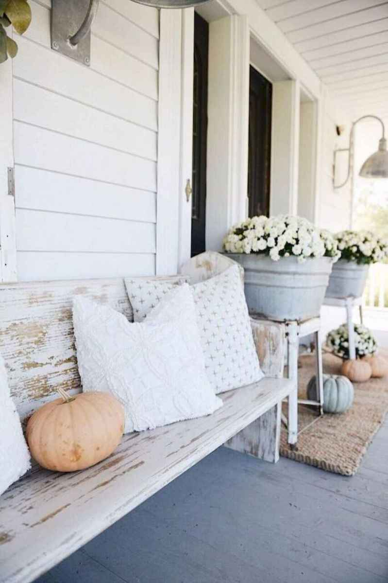 19 modern farmhouse front porch decorating ideas