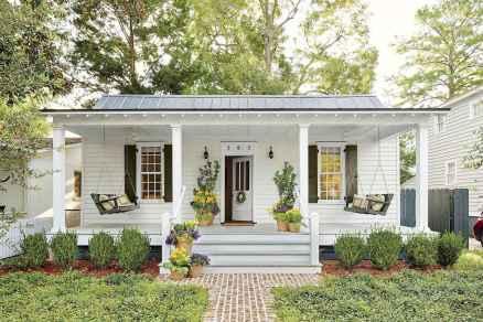 01 gorgeous farmhouse front porch decorating ideas