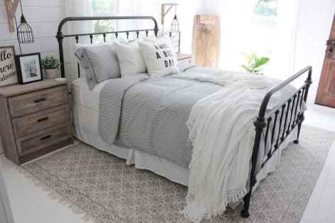 05 beautiful farmhouse master bedroom decor ideas
