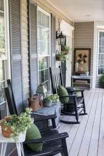 19 gorgeous farmhouse front porch decorating ideas