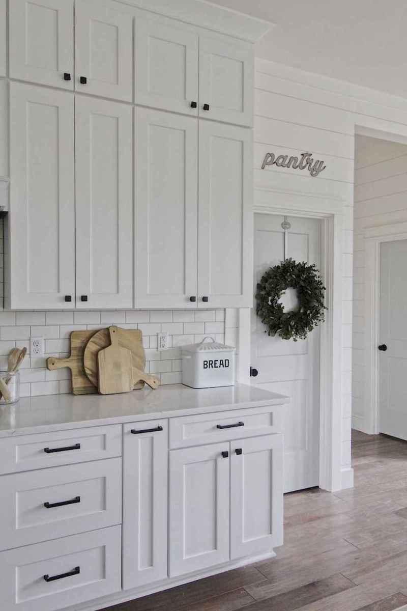 42 modern farmhouse kitchen cabinet makeover design ideas