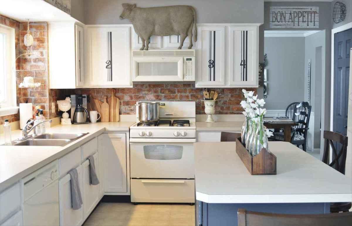 35 elegant gray kitchen cabinet makeover for farmhouse decor ideas