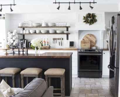 44 elegant gray kitchen cabinet makeover for farmhouse decor ideas